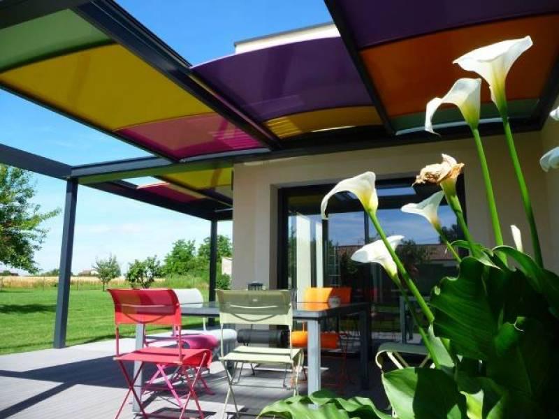 installer une pergola elegant couvrir terrasse avec une pergola with installer une pergola. Black Bedroom Furniture Sets. Home Design Ideas